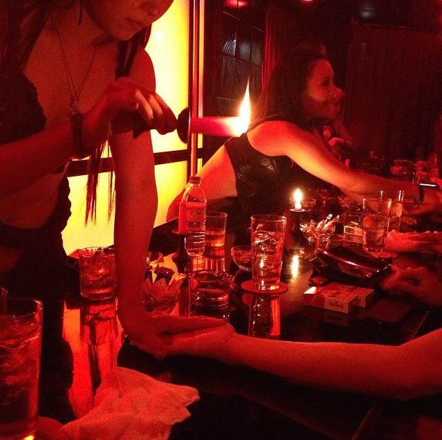 Rose Bar Tokyo Japan dining