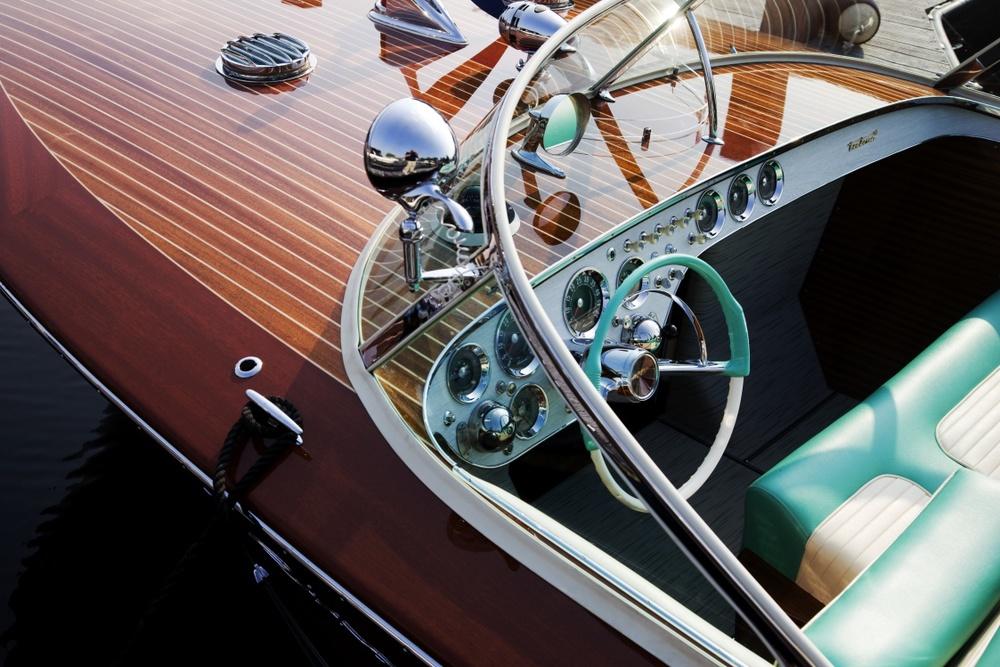 vintage boat turquoise details