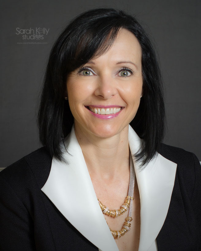 business_realtor_headshots_portraits_oakville_sarahkellystudios_016.jpg
