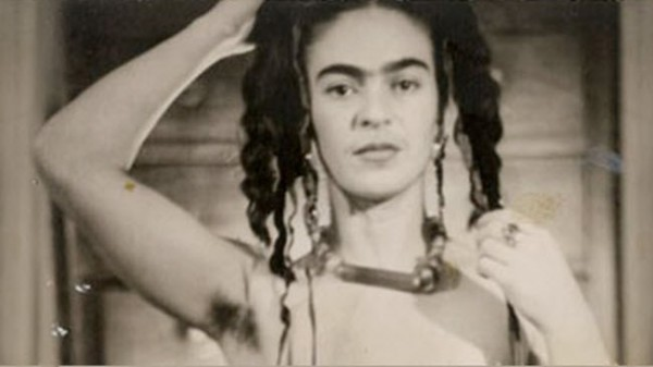 Frida Kahlo: A Woman With An Arizona Heart and a Bathtub Full of Tea