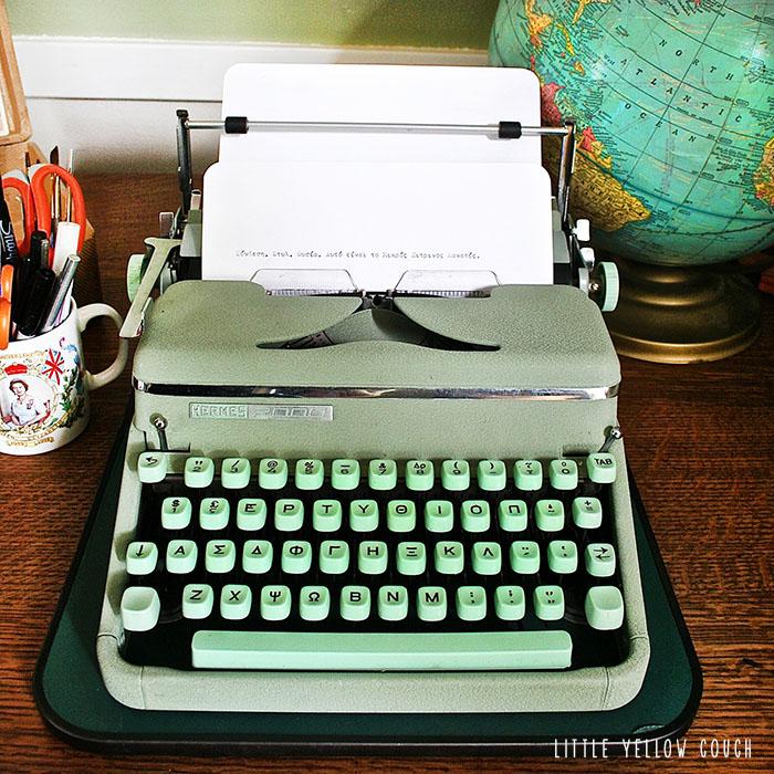 typewriter4.jpg