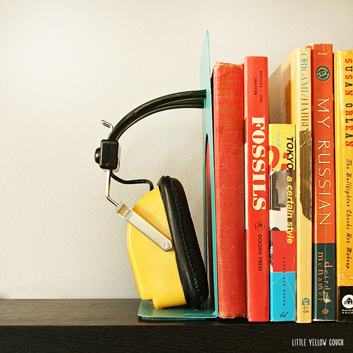 DIY: Headphones Bookends