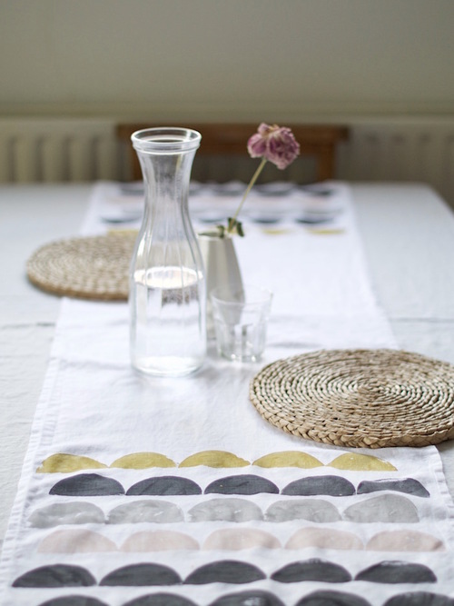 DIY_printed_table_runner_11_lapinblu.jpg