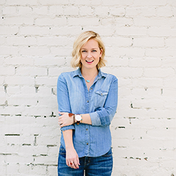 The Effortless Chic - Jen Pinkston