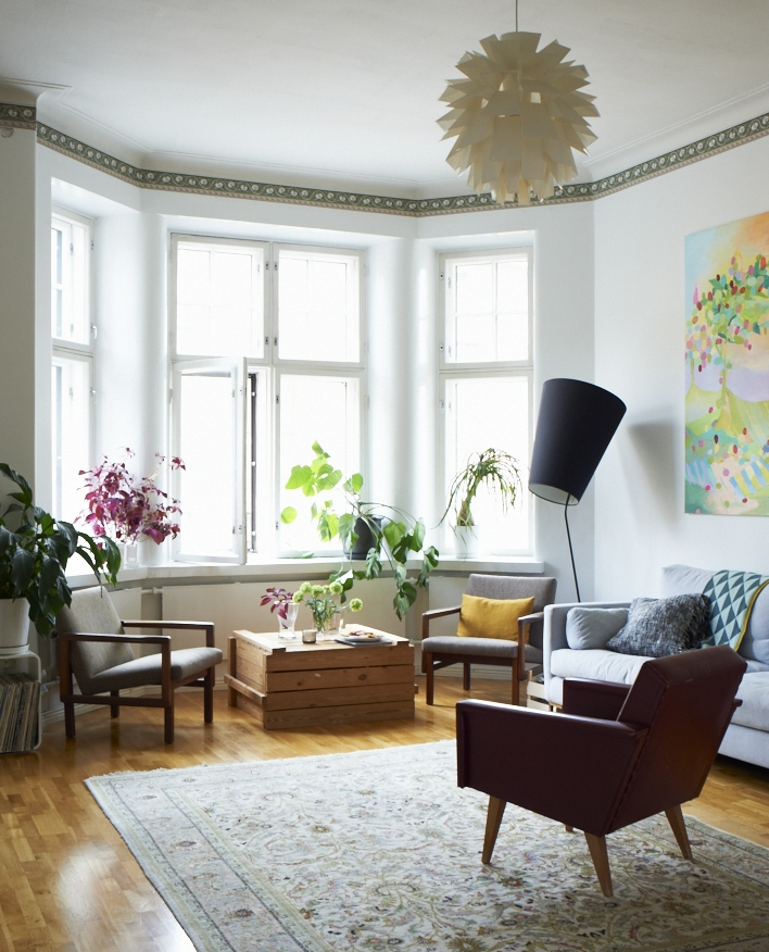 Image taken from Home for Now by Joanna Thornhill (CICO Books) - Living Room - Home of Saija Starr