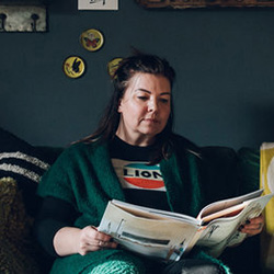 The Girl With The Green Sofa : Nicola Broughton