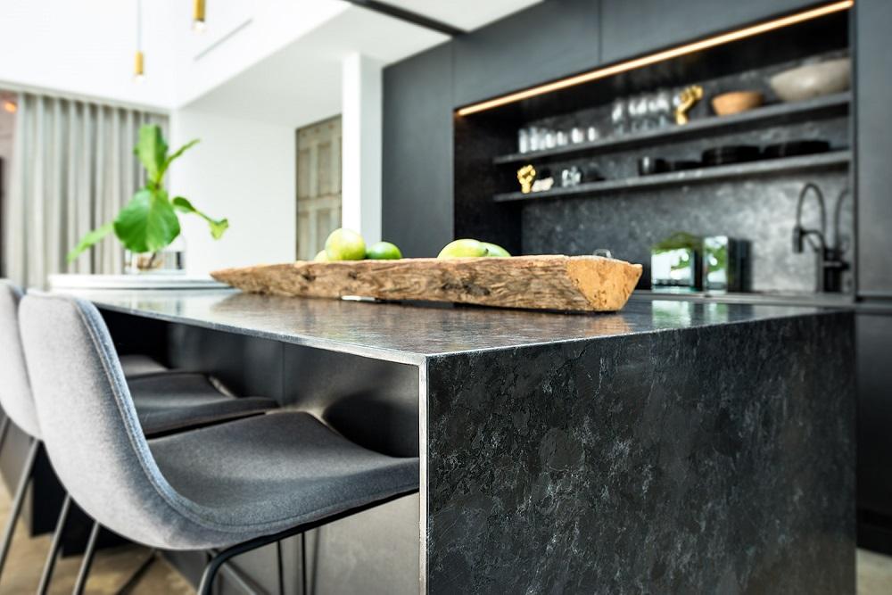 Saint Henry Black Antiqued Granite, Kitchen Project Interiors