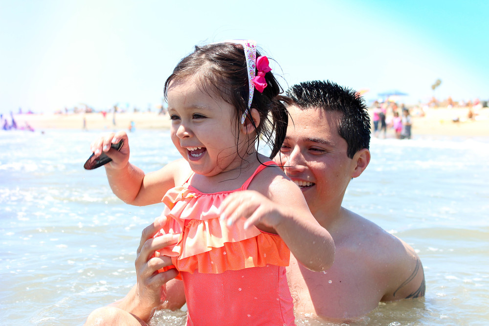 Neve's face when she first saw waves at the beach...2012.