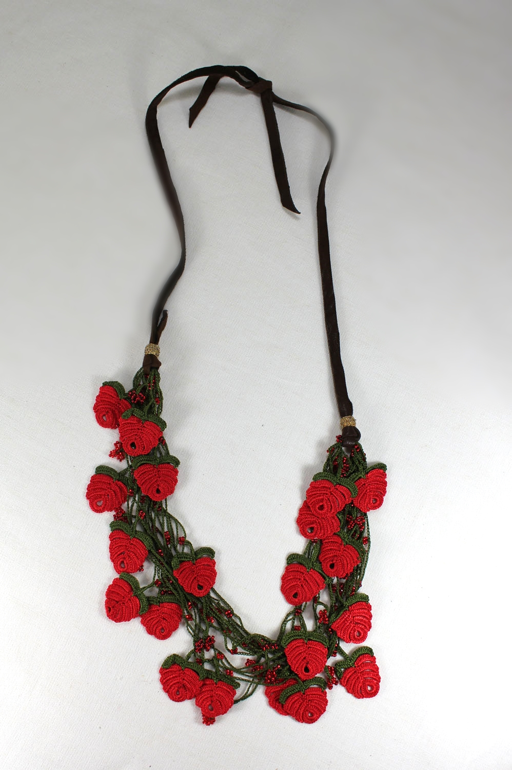 red spring poppy statemnet necklace