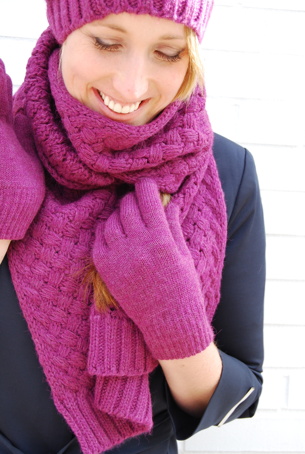 scarf set in eggplant $32