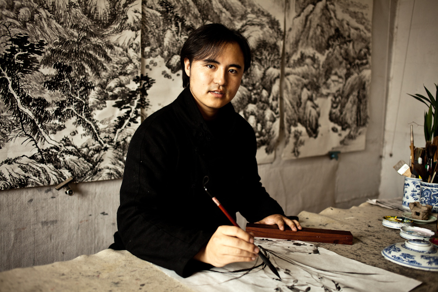 Li Li in his studio