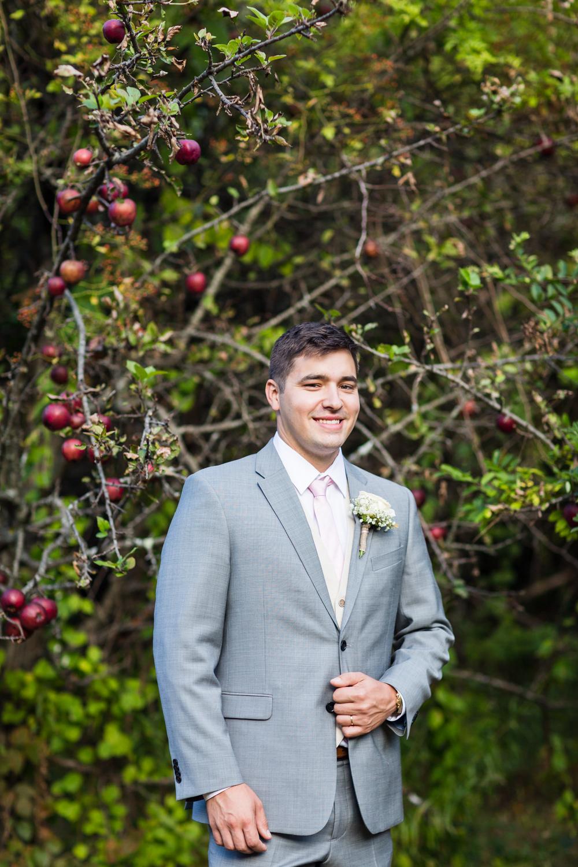apple-orchard-wedding-harvard-37