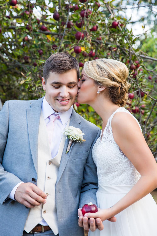 apple-orchard-wedding-harvard-31