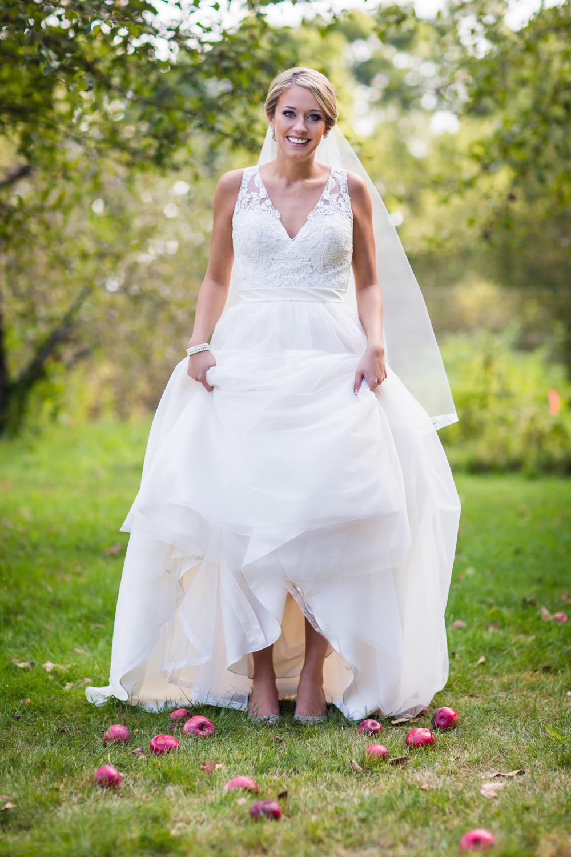 apple-orchard-wedding-harvard-26