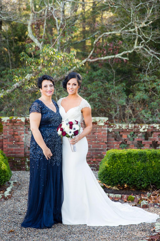 eleanor-cabot-bradley-estate-wedding-22