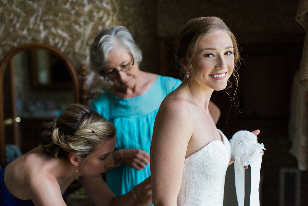 Zukas-Hilltop-Barn-wedding-photos-6