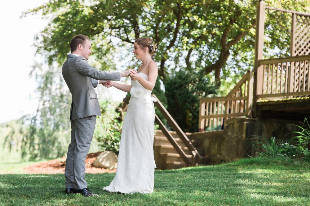 Zukas-Hilltop-Barn-wedding-photos-10