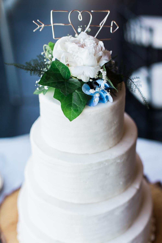 Zukas-Hilltop-Barn-wedding-photos-42