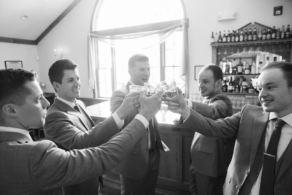 zukas-hilltop-barn-wedding-photography-13