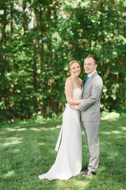 Zukas-Hilltop-Barn-wedding-photos-12