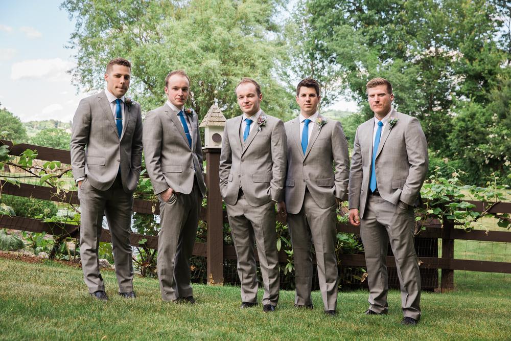 Zukas-Hilltop-Barn-wedding-photos-19