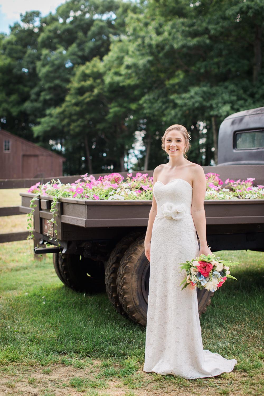 Zukas-Hilltop-Barn-wedding-photos-21