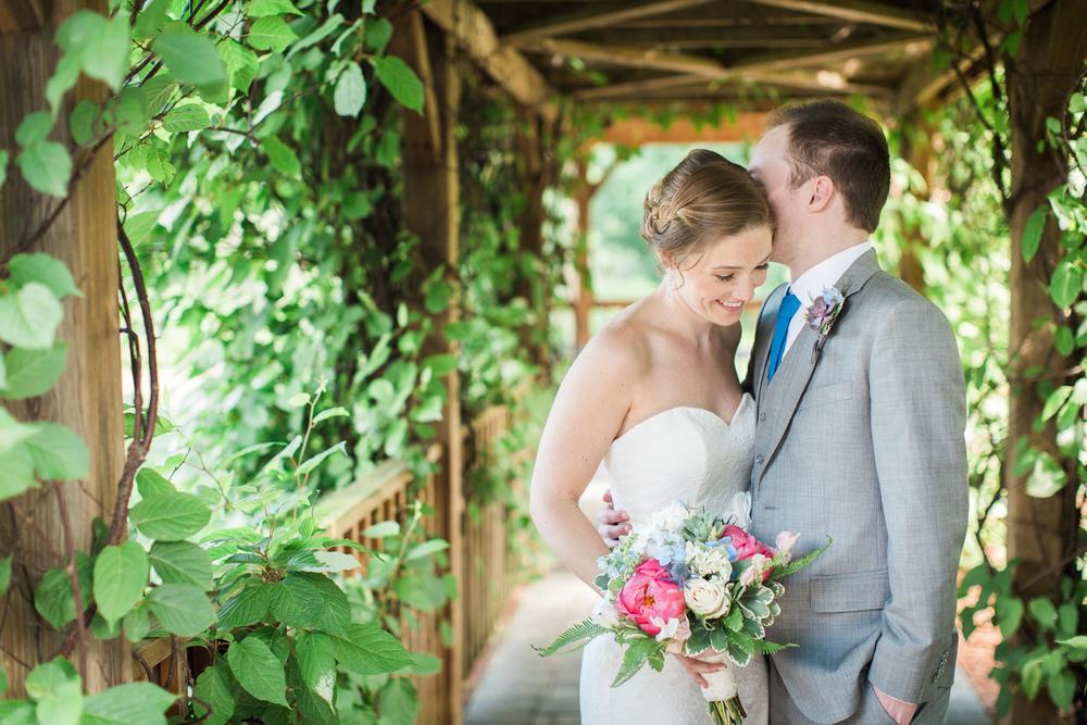 Zukas-Hilltop-Barn-wedding-photos-23