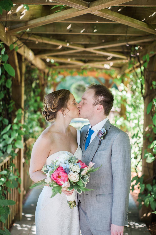 Zukas-Hilltop-Barn-wedding-photos-24