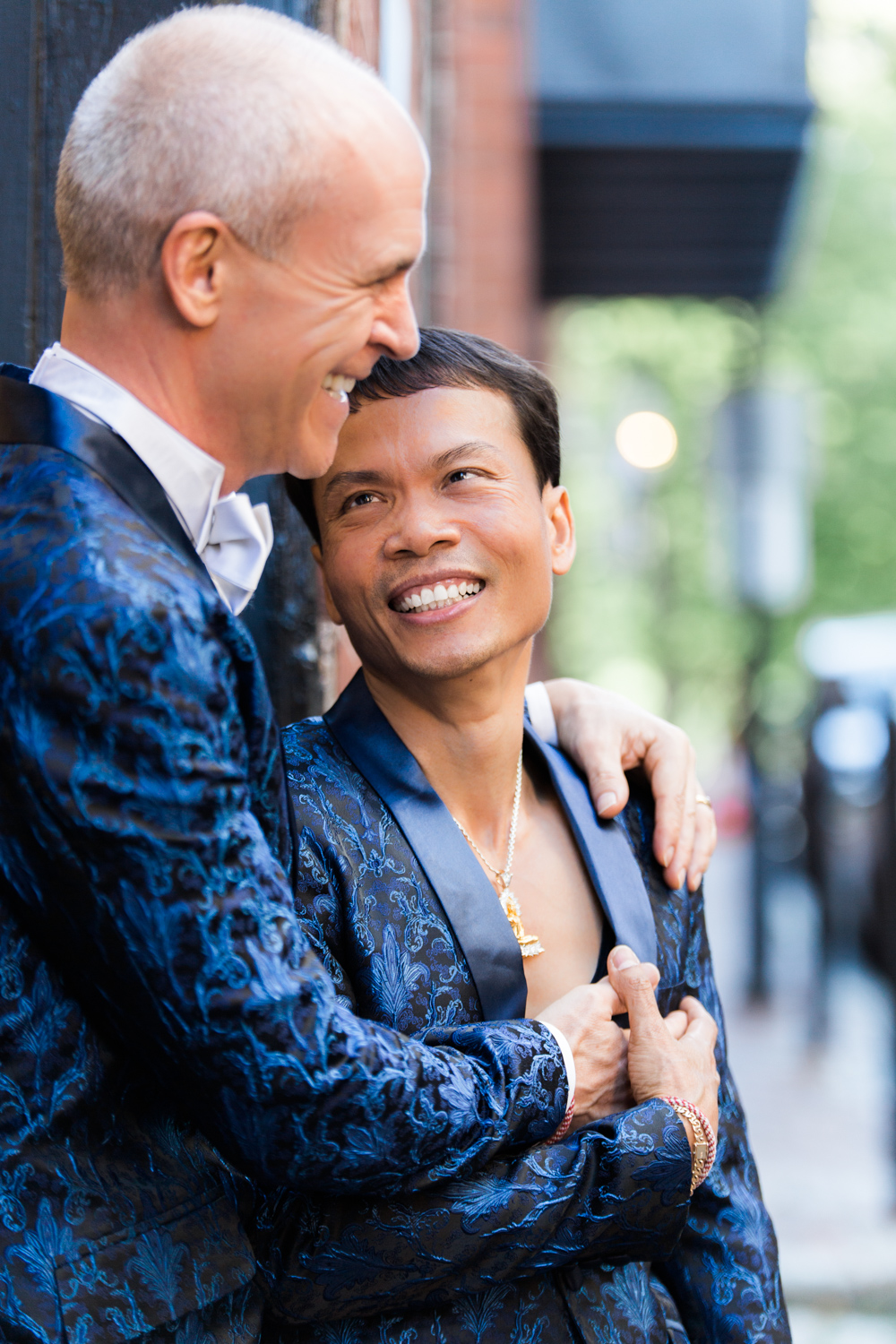 Boston-Beacon-Hill-Acorn-Street-Gay-Engagement-Photos