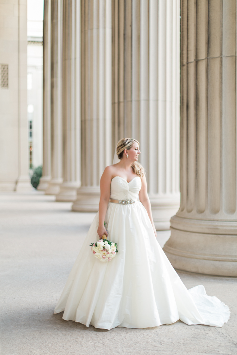 cambridge-hyatt-regency-wedding-bridal-portraits