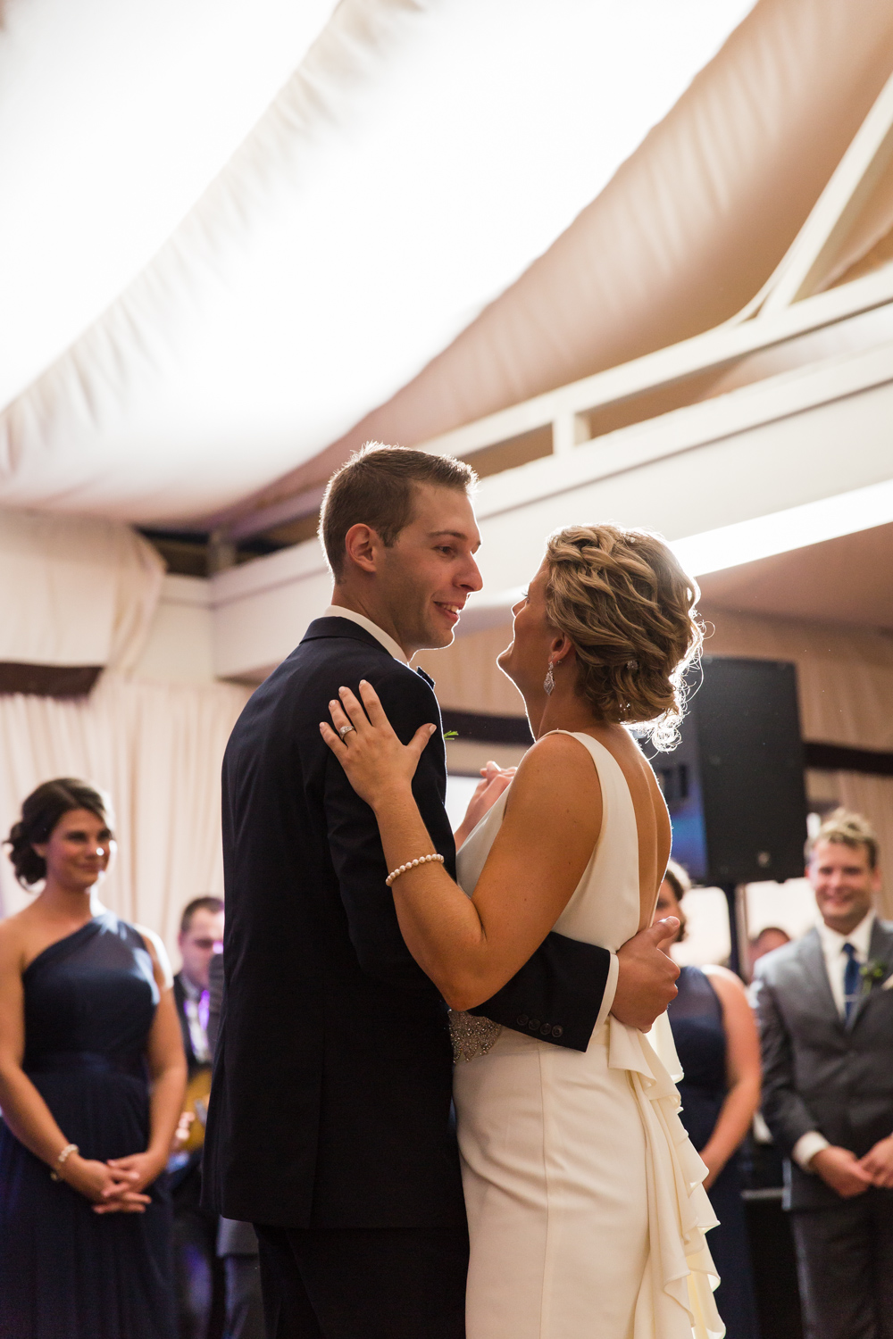 newport-wedding-regatta-first-dance