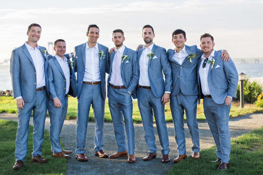 hyatt-regency-goat-island-wedding-photos-groomsmen