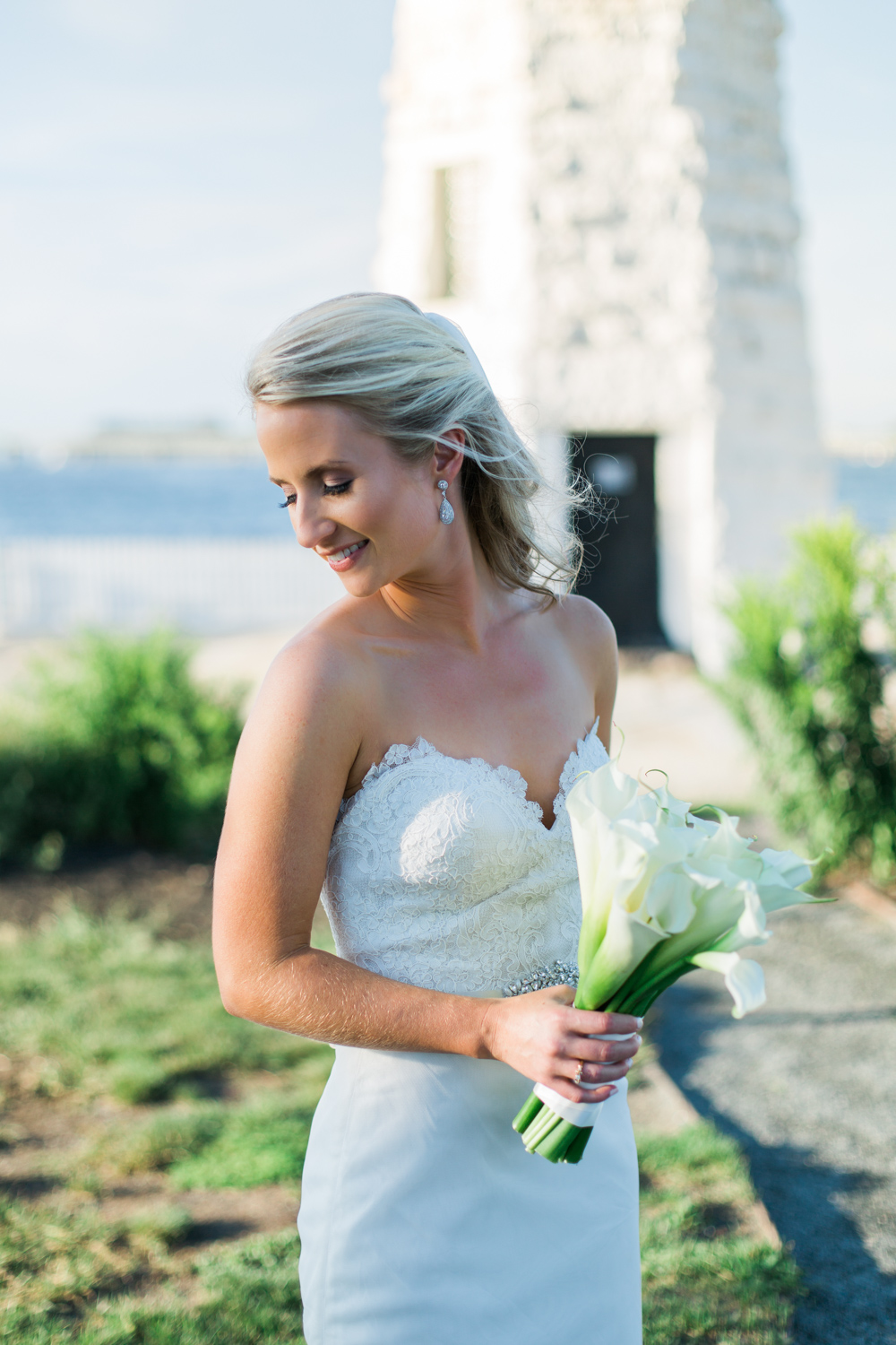 hyatt-regency-newport-wedding-portraits
