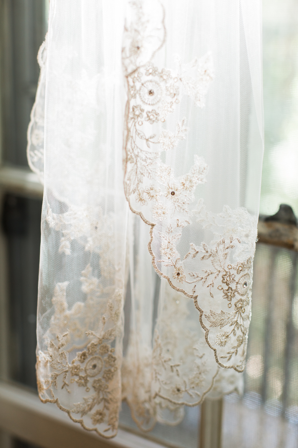 new-bedford-wedding-veil