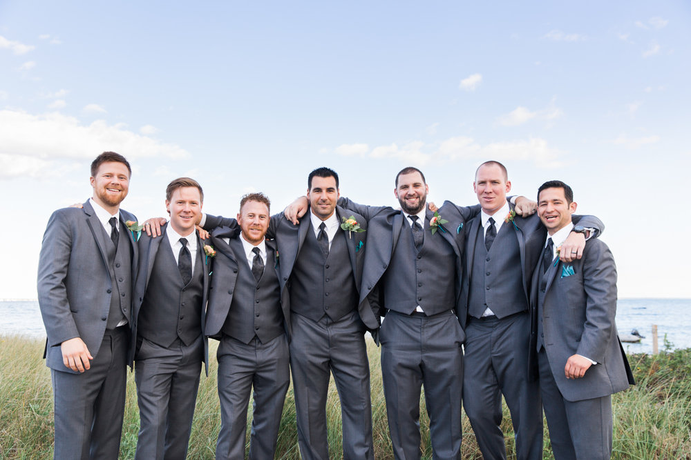 new-bedford-wedding-groomsmen
