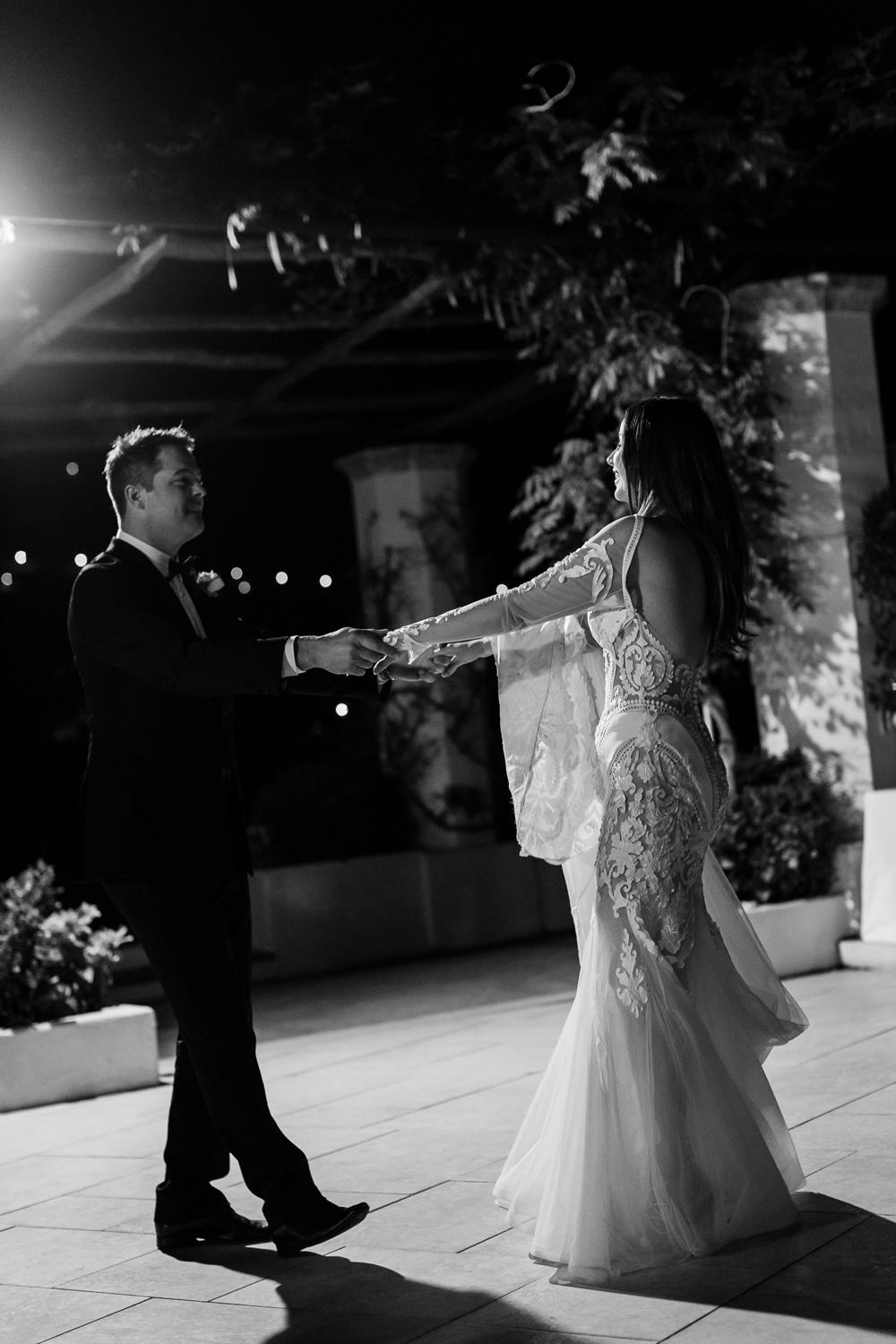 ravello-wedding-belmond-hotel-caruso-first-dance
