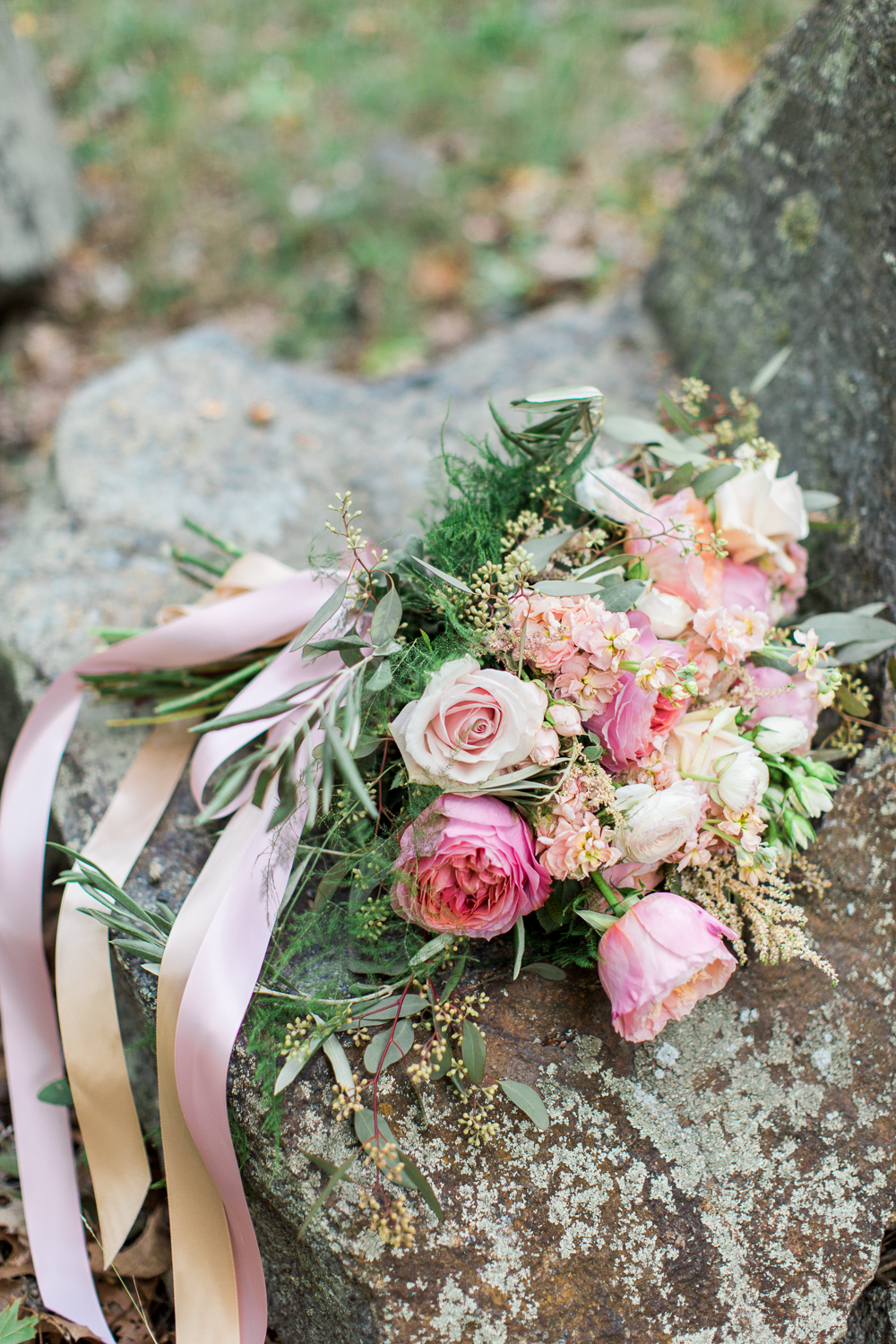 granite-links-wedding-photography-bouquet