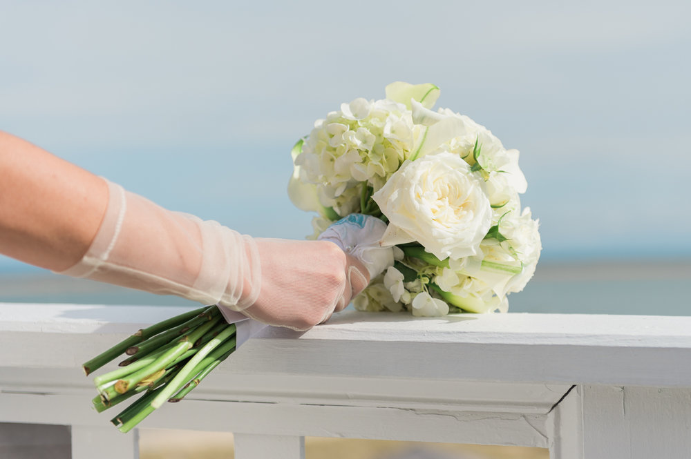 chatham-bars-inn-wedding-photography-bouquet