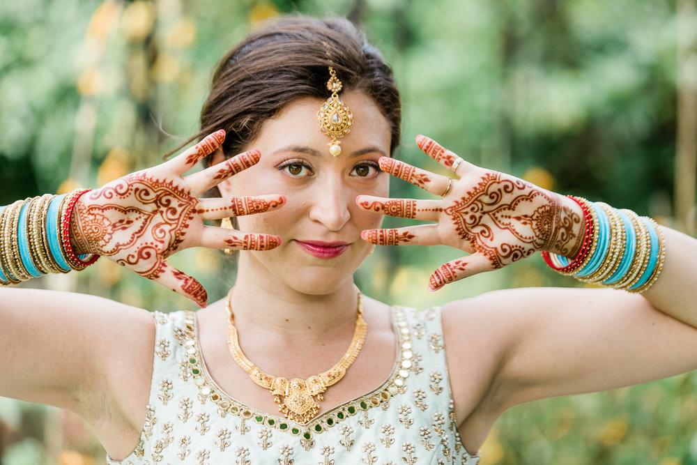 Mehndi Bride design