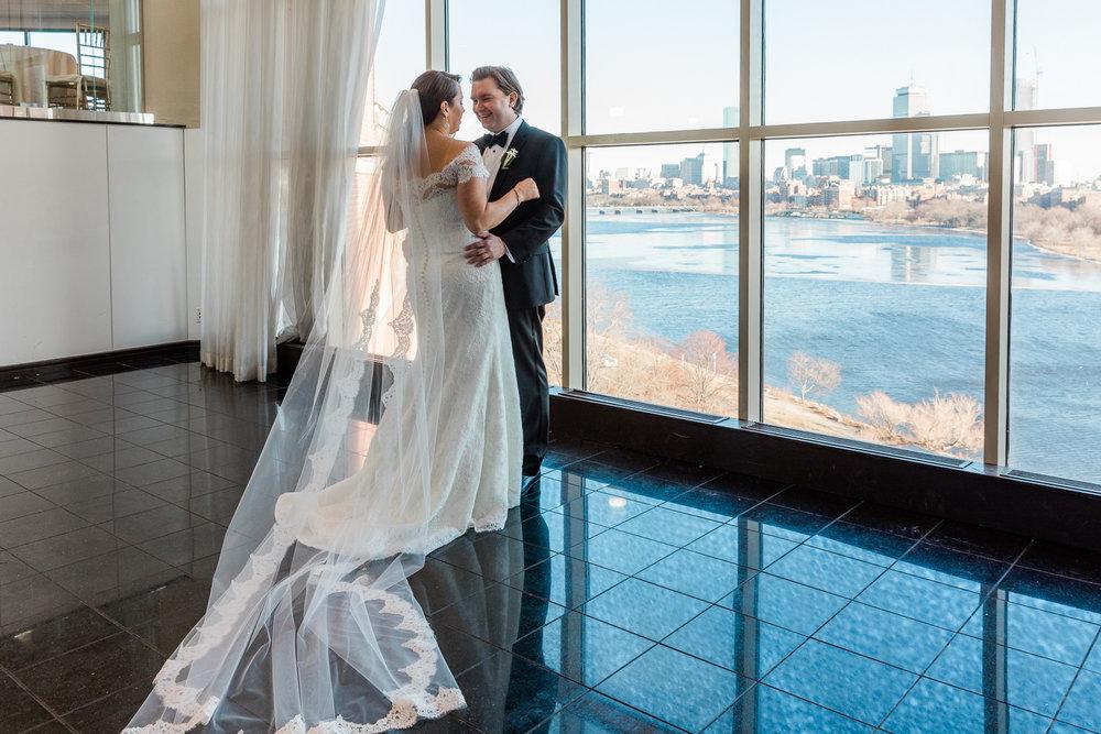 Hyatt Regency Cambridge Winter Wedding