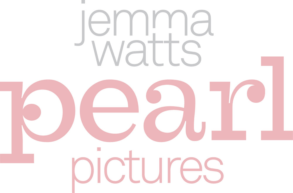 Jemma also runs wedding photography business Pearl