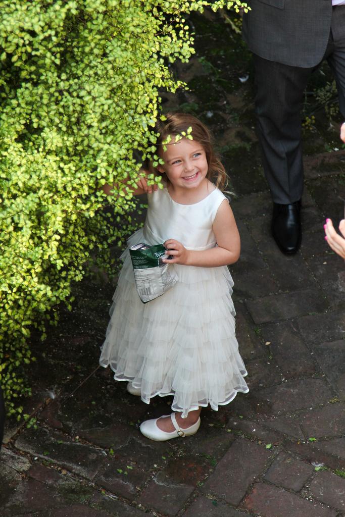 Laura & Ian's Wedding_3943877955_l.jpg