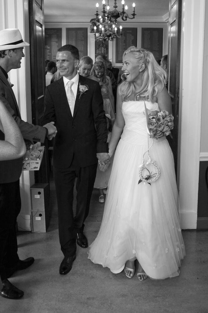 Laura & Ian's Wedding_3944583492_l.jpg