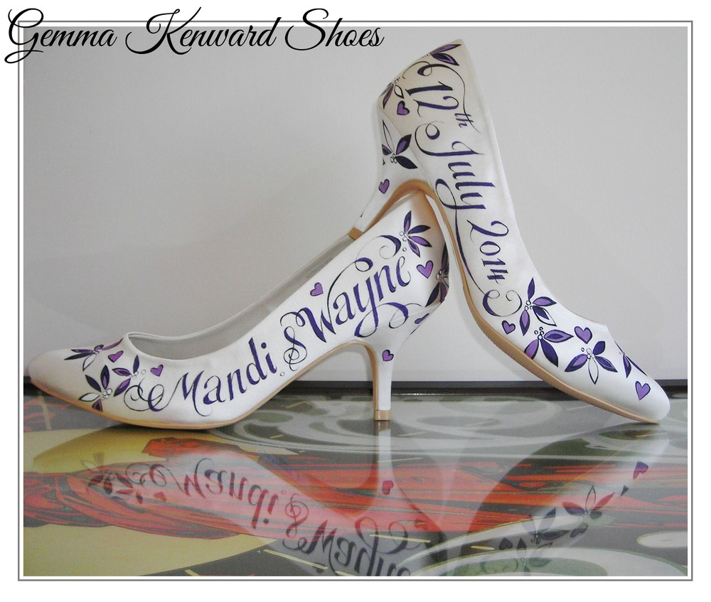 Mandi and Waynes hand painted wedding shoes.JPG
