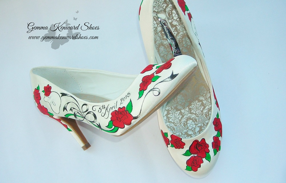 Hand Painted Doctor Who and Phantom of the Opera with red roses wedding shoes.