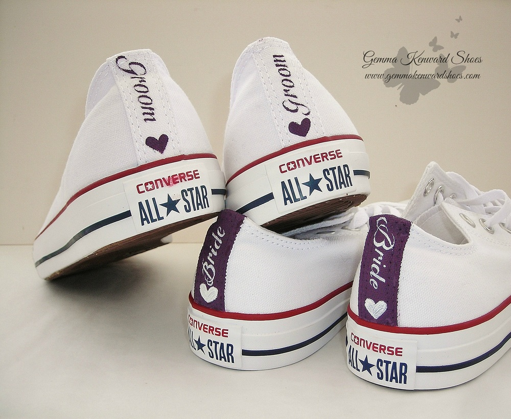 Bridal converse sneakers for a wedding .jpg