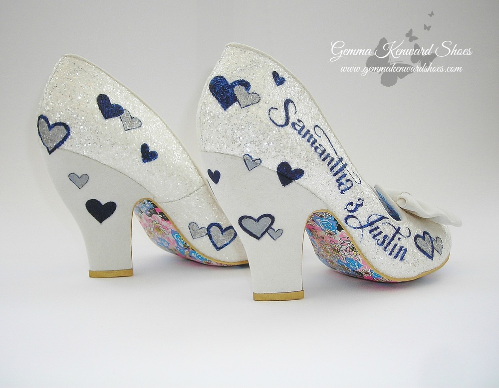 Thick heeled wedding shoes personalized with silver and navy hearts