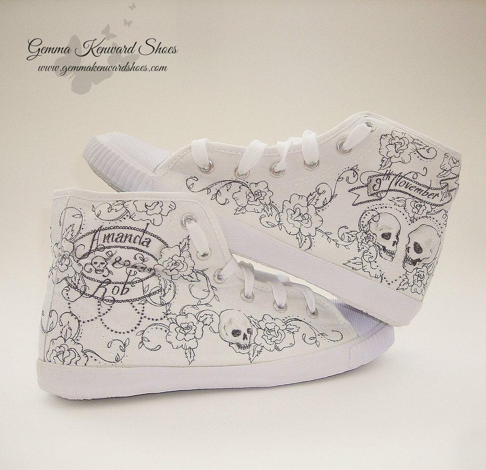 Hand Painted bridal converse high tops.JPG