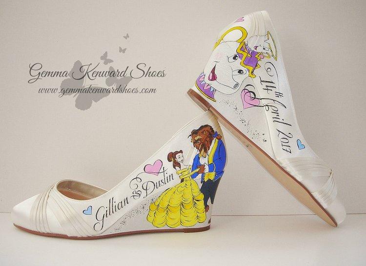 49d8f6ca716 Hand Painted Disney Theme wedding shoes.JPG