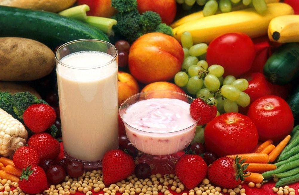 Milch-Jogurt-Früchte-1024x669.jpg